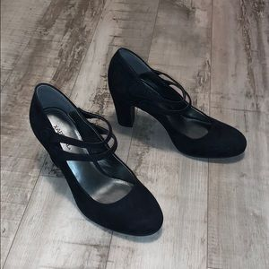 X-Appeal Faux Suede Mary Janes Heels Size 7